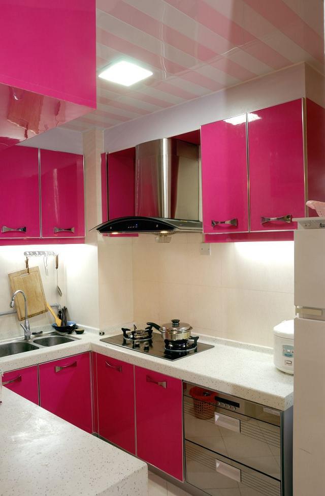 Zdjęcie Pomysł na małą kuchnię  galeria  Projekt kuchni i jadalni  Kuchni   -> Aranżacje Kuchni W Bloku Zdjecia
